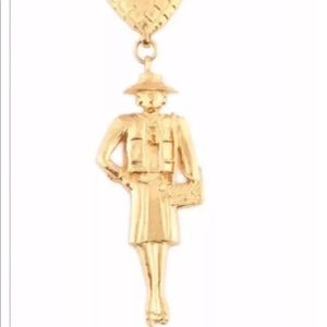 CHANEL NECKLACE GOLD MADEMOISELLE MASTERPIECE -BOX